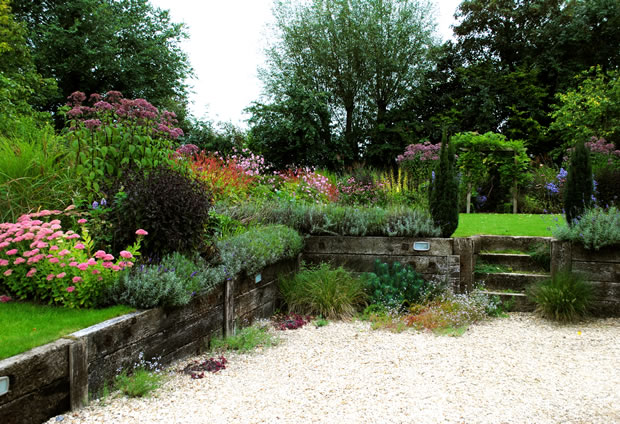 Garden planting and design in Oxfordshire by Babylon design