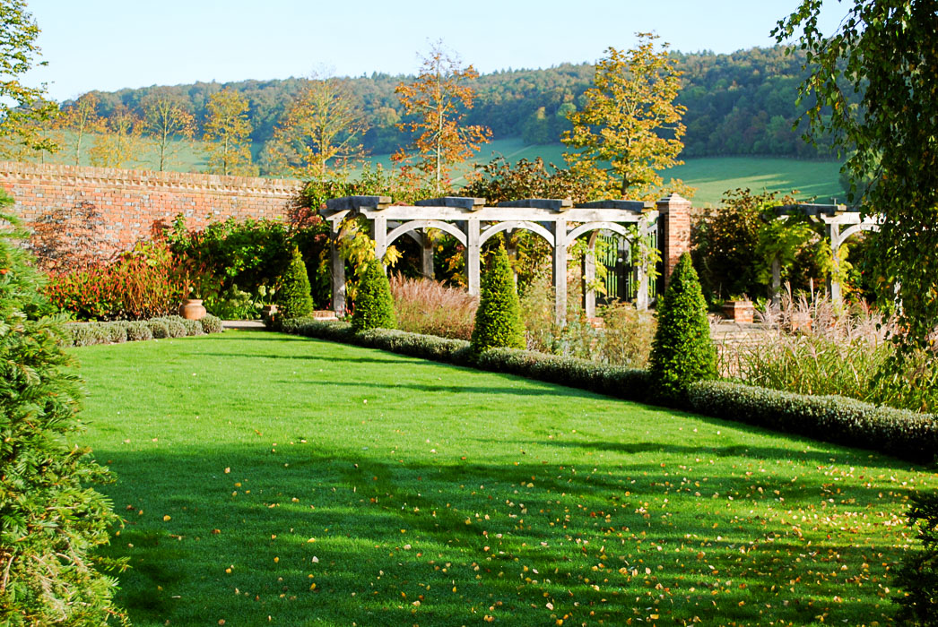 Babylon Design Landscape Designers and planting Oxfordshire Manor